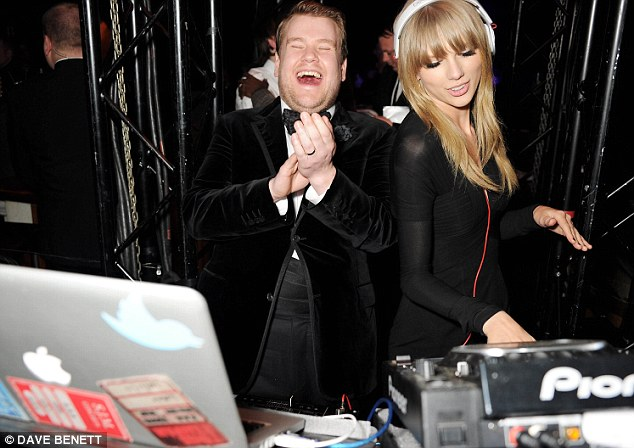 This Is What A Taylor Swift Dj Set Looks Like