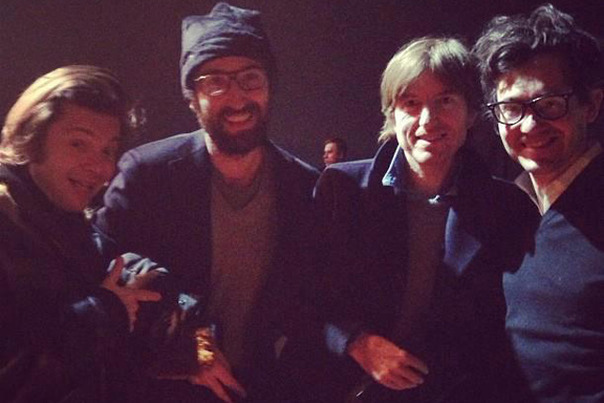 Daft-Punk-left-hanging-out-with-Airs-Nicolas-Godin-and-Phoenixs-Laurent-Brancowitz..._gallery_primary