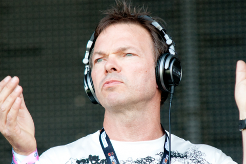 Pete tong to release classic house album with the for Classic house pete tong