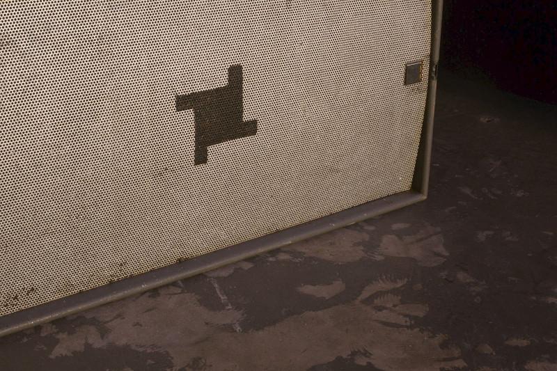 fabric-speakers-detail-170317